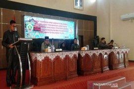Fraksi Amanat Sanggam Singgung Nasib Petani Karet
