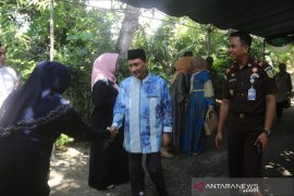 Bupati Gorontalo rayakan Lebaran Ketupat bersama warga Jaton