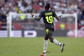 Southampton  boyong Moussa  Djenepo