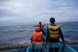 Pencarian korban tenggelam di Pantai Pangi belum membuahkan hasil