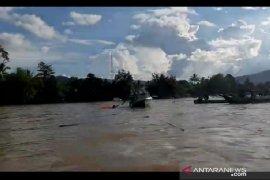 Feri  Karam di Sungai Mahakam Milik BUMDes