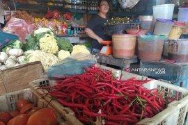 Di Pandan, harga cabai merah bertahan Rp70 ribu per kilogram