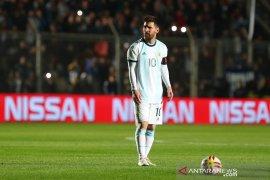 Messi dan upaya Argentina mengakhiri status nirprestasi