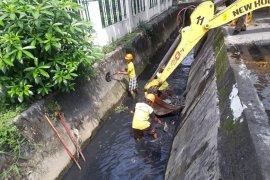 Dinas PU Medan peringatkan bangunan tak berizin di Jalan HM Joni