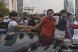 Polisi amankan terduga provokator saat aksi di MK