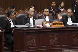 Kuasa hukum Prabowo klaim perolehan suara  02 sebesar 52 persen