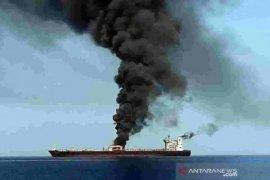 Harga minyak melonjak setelah serangan kapal tanker di dekat Iran