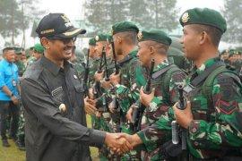 450 prajurit Yonif Raider Garut berangkat ke perbatasan Indonesia-Malaysia