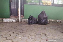 Barang-barang Setnov juga  ikut dipindahkan ke Rutan Gunung Sindur