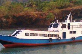 Lima penumpang KM Nusa Kenari belum ditemukan