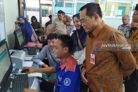 DPR soroti pemerataan guru dan sapras sekolah pada pelaksanaan PPDB