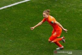 Belanda amankan tiket 16 besar usai mengalahkan Kamerun 3-1