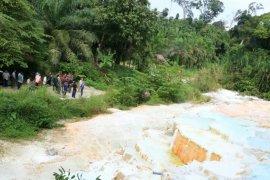 Pemkab Simalungun kembangkan wisata kawah putih Tinggi Raja