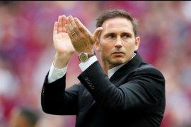 Frank Lampard setuju latih Chelsea usai dapat jaminan Abramovich