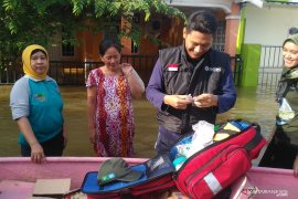 Tim medis ingatkan warga waspadai penyakit pascabanjir