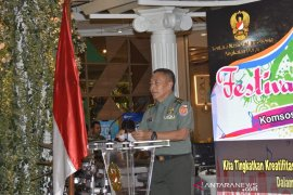 TNI-AD menggelar festival musik jalanan di Tangerang