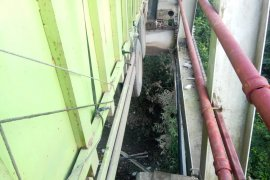 Macet panjang akibat Jembatan Way Mesuji ambles Page 1 Small