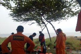 Dua remaja terseret ombak di Ancol, satu orang tewas