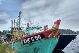 PSDKP Aceh menetapkan nahkoda kapal Malaysia tersangka pencurian ikan
