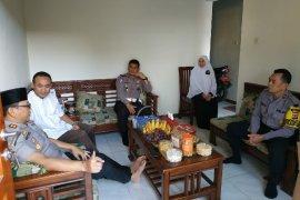 Kapolres Sumedang kunjungi kiai untuk jaga kebersamaan dan keamanan