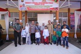 Kapolda-Pangdam XII Tanjungpura buka Bakti Sosial Kesehatan Polri 2019
