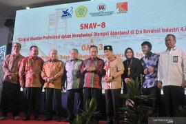 Simposium Akuntasi Vokasi Nasional resmi dibuka Menrisetdikti Page 2 Small