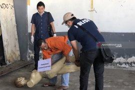 Polisi rekonstruksi kasus mutilasi di Pasar Besar Malang