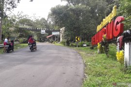 Jumlah kunjungan wisatawan di Kabupaten Bangka Barat lampaui target