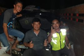 Polres Mempawah gagalkan penyelundupan mobil asal Malaysia