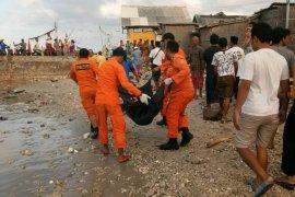 Satu lagi jenazah korban KLM Arim Jaya dievakuasi