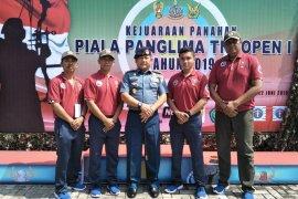 Empat prajurit Koarmada ikuti kejuaraan panah piala Panglima TNI