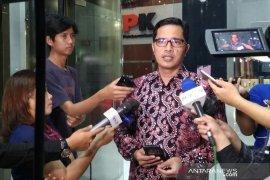 KPK geledah enam lokasi kasus gratifikasi mantan Bupati Cirebon
