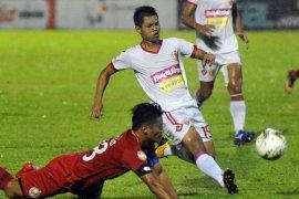 Pelatih bertanggung jawab atas kekalahan Semen Padang