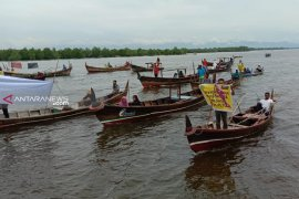 Nelayan dan aktivis desak penutupan PLTU Pangkalan Susu