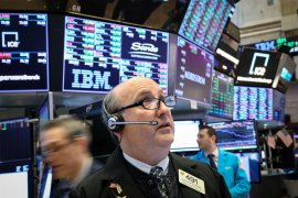Wall Street jatuh karena perang dagang mengancam ekonomi AS