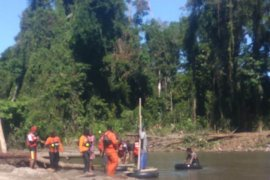 Tim SAR Nabire lanjutkan pencarian warga  tenggelam di Sungai Wami