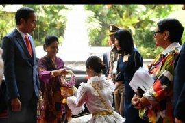 Presiden  tiba di Bangkok hadiri KTT ASEAN ke-34