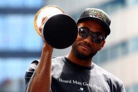 Toronto merayu Kawhi Leonard tetap di Raptors, NBA