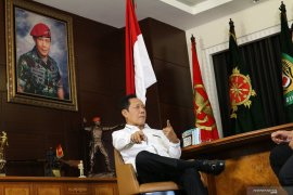 Bang Yos, seorang gubernur lima presiden