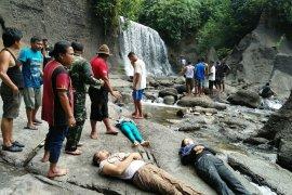 Tiga warga tewas tertimpa batu di air terjun Pantai Salak Langkat