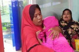 Dibilang masih hidup, anak korban kebakaran pabrik mancis histeris ibunya meninggal