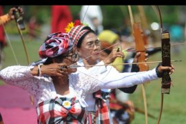 Lomba panahan tradisional
