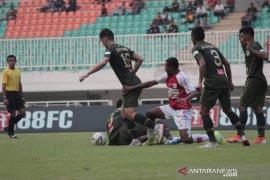 PS Tira Persikabo kalahkan Persipura 2-1