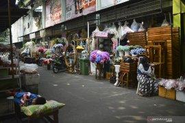 Puluhan kios liar bakal digusur di pusat pasar kota Idi