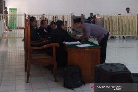 Wasit PSSI Nurul Safarid dituntut  1,5 tahun penjara