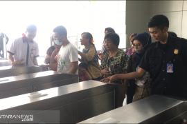 LRT Jakarta dan bagaimana cerita uji coba gratis