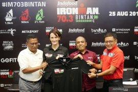 Kompetisi triathlon Ironman 70.3 digelar di Bintan