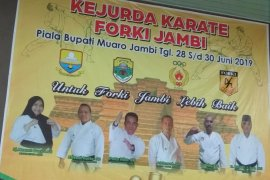 Kejurda Karate FORKI Jambi perebutkan Piala Bupati Muarojambi