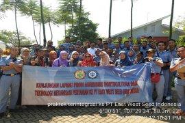Mahasiswa Polbangtan Bogor belajar manajemen K3 di PT. East West