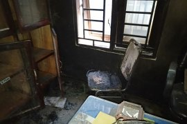 Kantor Kepala Desa Sumber Jaya di Langkat dibakar OTK